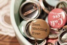 Wedding Ideas / GETTING MARRIED!!!  / by Alexis Shannon