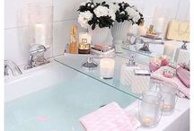 The Pamper Evening / Face masks in a bubble bath, sparkly manicures, hot chocolates and fresh pyjamas