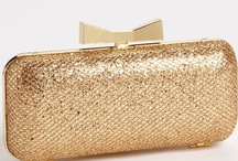 ~Clutch Me Tightly for My Wedding~ / Cutesy #Clutches for the Bride / by Hustle Your Bustle