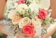 ~Beautiful Bouquets~ / by Hustle Your Bustle