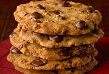 Desserts - Cookies / by Heather Peterson