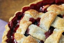Desserts - Pies & Cobblers / by Heather Peterson