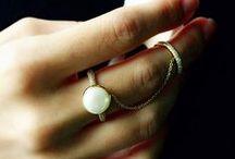 Pearl Jewelry / by Plukka (Fine Jewelry)