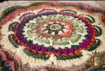 Crochet Blog Sites-Inspiration and Time Wasting / There are hundreds (possibly thousands) of blogs out there dedicated to crochet. These sites are filled with eye candy and instructions and really are on the must see list.