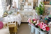 Rose Garden Cottage  . / Just adore the garden cottage look !    ♥ Thank you for stopping by.  My only request is not to power pin though a board   Have a beautiful day and Thank You for stopping by..  / by Susan Edghill