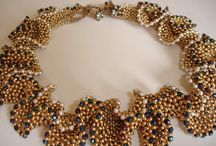 bead weaving / seed beads, needle and thread - create things of beauty