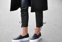 Inspiration   Slip-on sneakers / Read more about slip-on sneakers in my blog >> sannenoorman.com