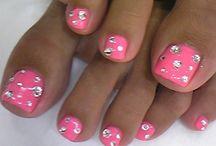 Nails I love / by Aimee Bradley