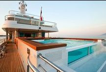 Superyacht Yogi before the sinking / Before she sank on 17th February, Yogi was a relaxing yacht with fabulous deck spaces. Here's what she looked like…