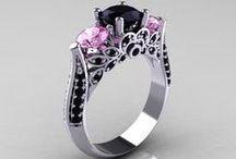 jewelry rocks / by Tammy Grant