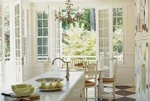 KITCHENS / by Tyler Creek