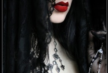 I could SO be goth ....