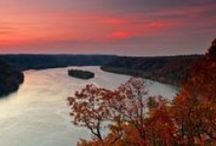 Scenic Views in Pennsylvania / Pennsylvania is full of views that will take your breath away. From forests and rivers to ruins and skyscrapers, our state's diverse beauty can be witnessed from one of these many vistas.