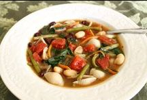 Soups, Stews, and Chowder Recipes / Comfort food to warm you on chili evenings including: soup recipes, stew recipes, and hearty chowder recipes.