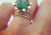 Jewelry & Trinkets