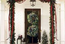 Darling Door Decor / Whether you're hoping your front door will add some character to your home or you're just looking to get into the holiday spirit, here are some of our favorite door decor ideas!