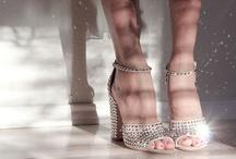 """Sepatu Kaca"""