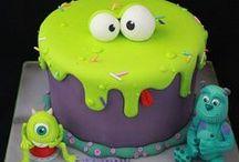 Birthday Cakes/Cakes / by Laura Dupaix
