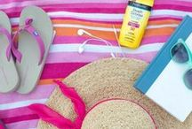 Beach Bag Essentials / Sandestin Beach Day Must-Haves for your Beach Bag when you travel or vacation in South Walton, Florida!