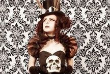 Courtesan Macabre's Steampunk / Fantastic images of Steampunk, anachronistic style. Jules Verne, clockwork, corsets and leather... http://www.courtesanmacabre.com