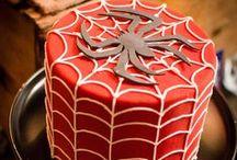 Superhero Party / Superhero | Superheroes | Spiderman | Birthday | Party | Ideas | Printables | Cake | Cupcakes | Invitation | Decorations | Favors | Games | Food | SIMONEmadeit.com