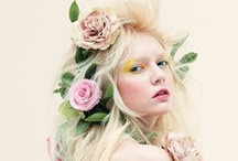 Hairdos / Hair in all kinds of color, lengths and updos. / by nickzytotre totre