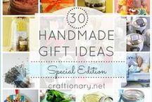Gift Ideas / by Monica Silvis