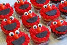 Sesame Street Party / Sesame Street | Party | Ideas | Printables | Cake | Cupcakes | Invitation | Decorations | Favors | Games | Food | SIMONEmadeit.com