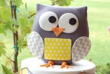 Owl Party / Owl | Themed | Birthday | Party | Ideas | Printables | Cake | Cupcakes | Invitation | Decorations | Favors | Games | Food | SIMONEmadeit.com