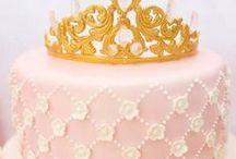 Princess Party / Princess | Pink Princess | Birthday | Party | Ideas | Printables | Tips | Cake | Cupcakes | Invitation | Decorations | Favors | Games | Food | SIMONEmadeit.com