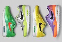 Niketerian© ShuChef Selects / An Acquired Taste In Kicks From Nike & Nike Sportswear