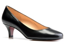 Shoes | C Width / Ladies shoes we love that come in a generous width. / by Arthur Beren Shoes