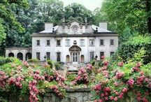 Swan House / Swan House is a 1928 mansion located at the Atlanta History Center.