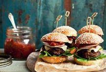 Healthy Burgers / Juicy meat-y and vegetarian healthy burger options!