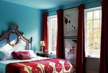 Color: Turquoise and Red