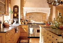 Kitchens / by Laurel Dewell
