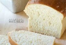 Recipes : Breads & Rolls / Yeast breads, quick breads, garlic bread, dinner rolls, and lots in between!