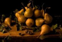 pear / still life