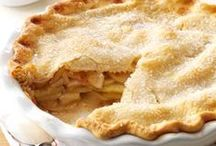 Recipes : Apple Desserts / apple desserts | apple cake | apple pie |  The star of the board is all things apple desserts.