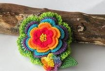 ✿ Flowers ~ Crocheted ✿ / Flowers and leaves.  / by Mitzi Christian (krikket207)