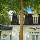 Contemplez ● Bâtiments historiques / Vivez 275 ans d'histoire par la beauté des bâtiments historiques de Sainte-Marie.
