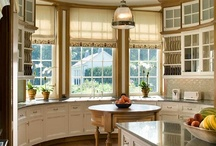 Clean kitchens / by Cheryl Draa Interior Designs