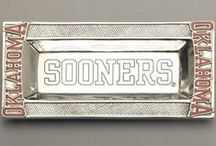 Oklahoma Sooners Stuff / Sooner fans, you can proudly decorate your home, office, or dorm room with these unique, high quality University of Oklahoma Sooners logo products.  Also, a great way to spice up your next tailgate party!  Visit our website www.collegelogostuff.com