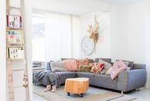 FLAIR   BINNENKIJKEN / Er is niets leukers dan gluren bij de buren. Vind jij het ook zo leuk om bij een ander binnen te kijken? Op het 'binnenkijken' Pinterest-bord nemen we een kijkje bij de mensen thuis. Wil je jouw huis dezelfde looks geven? Klik door naar de categorie 'Binnenkijken' op Flairathome.nl.