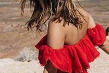 TREND   OFF SHOULDER / Blote schoudertjes zijn het nieuwe decolleté