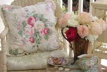 Shabby Chic Romantic Cottage French Decor / Love the shabby Romantic garden look / by Marilyn Martin