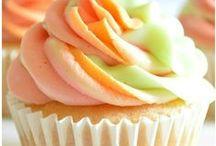 Sweet Cakes / by Sara Schultz