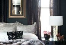 Black Walls / by EASYLIVING