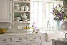 Kitchen Ideas / by Ellen Mallernee Barnes