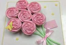 decorate :: cupcakes / Ideas and tips for decorating cupcakes